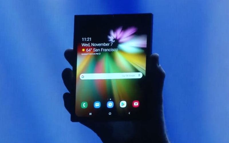 How Samsung's Masterpiece Looks: A Foldable Smartphone